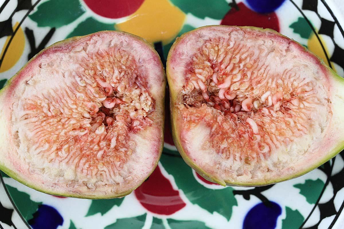 Detail einer aufgeschnittenen Frucht
