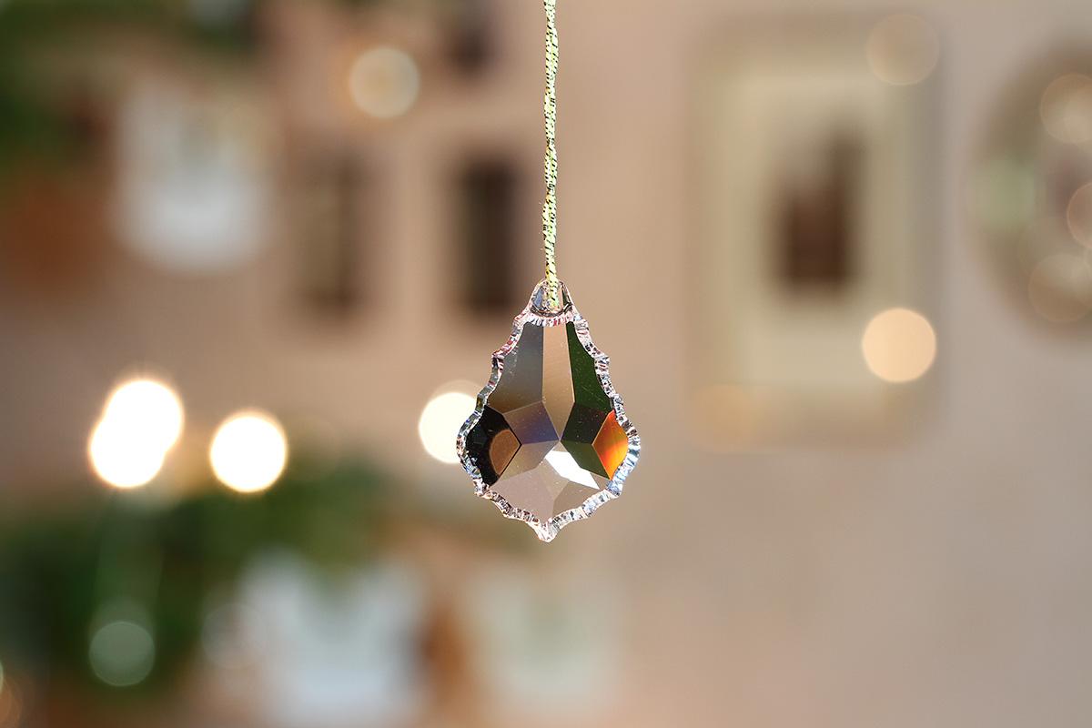 Weihnachtsbaumschmuck mit Kristall
